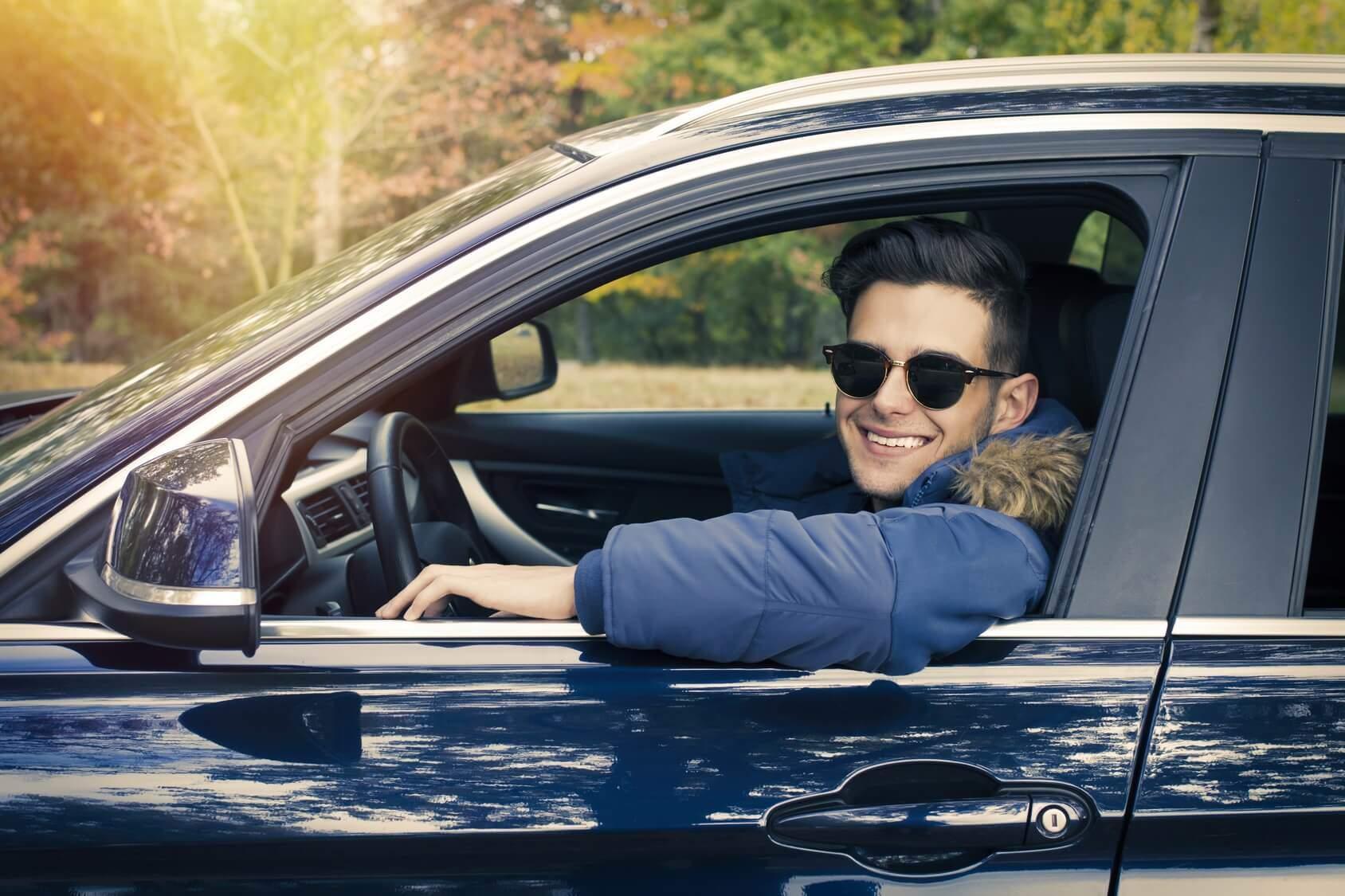 Fahrschule für Auto, Motorrad & Anhänger Führerscheinmacher